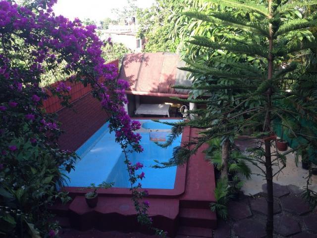EN VENTA EXCELENTE PROPIEDAD EN LA HABANA, 5 CUARTOS, PISCINA...