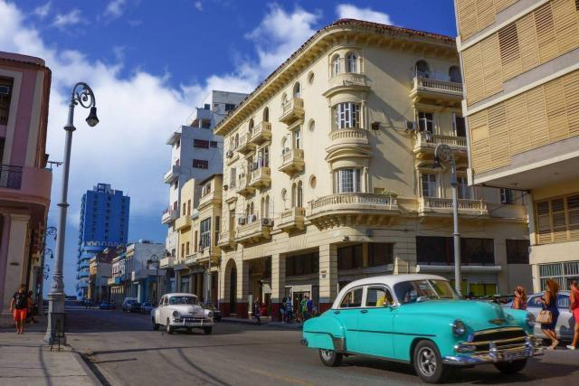 Apartamento en venta en Centro Habana Cuba. Excelente ubicación