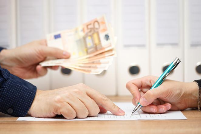 ¿Necesita ayuda financiera urgente?