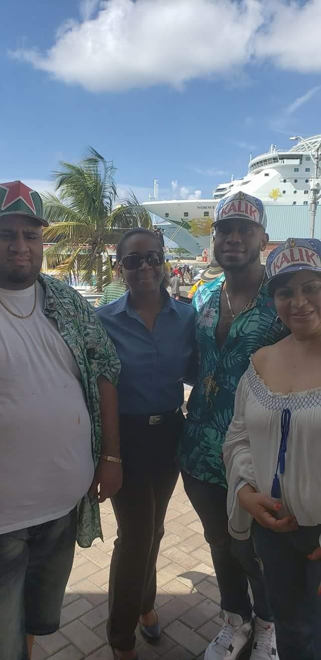 Ven Conmigo a Las Bahamas Tours